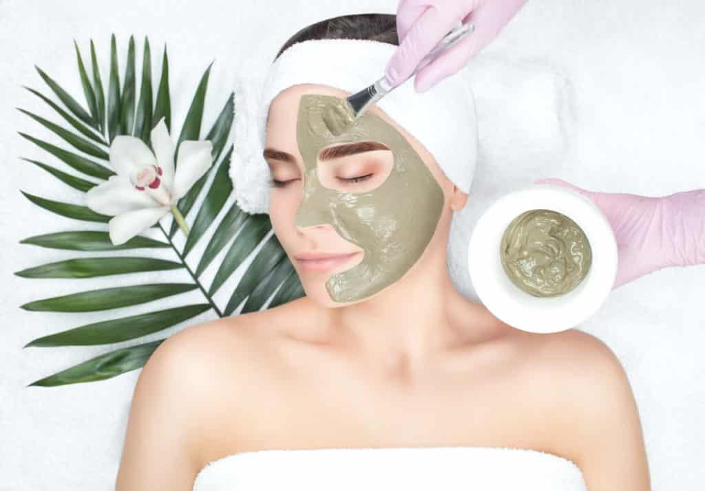 conseils prendre soin peau grasse surplus sebum visage